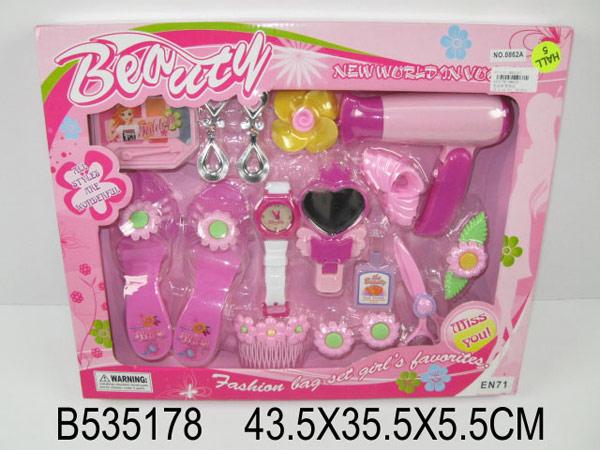 Набор аксессуаров для девочек Королева красоты Играем вместе.